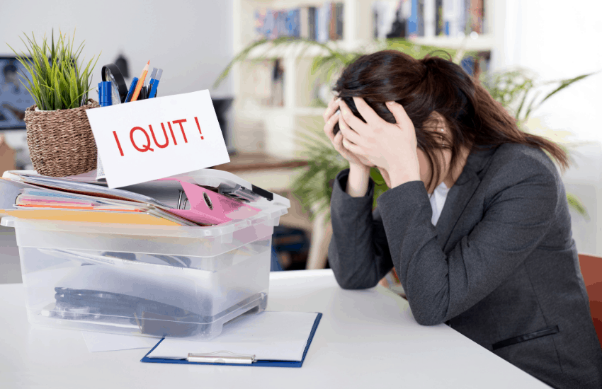 18 Signs to know when to quit your job