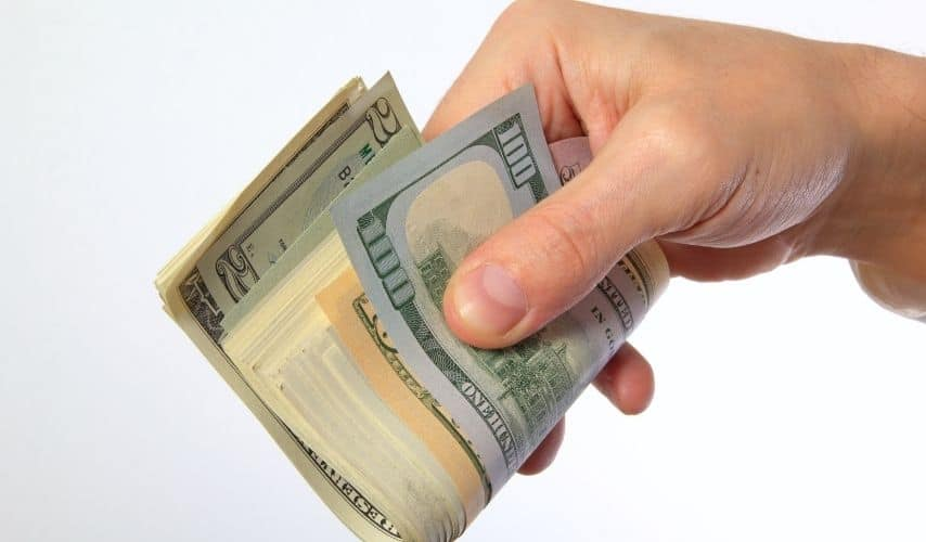 how do angel investors get paid