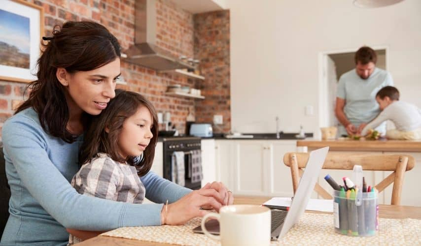 how to start a family business at home