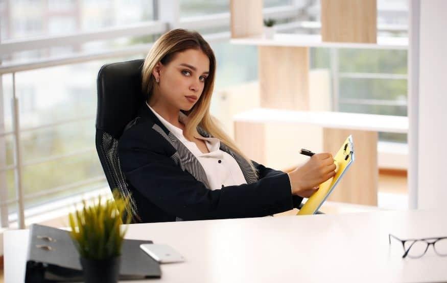 major problems faced by women entrepreneurs