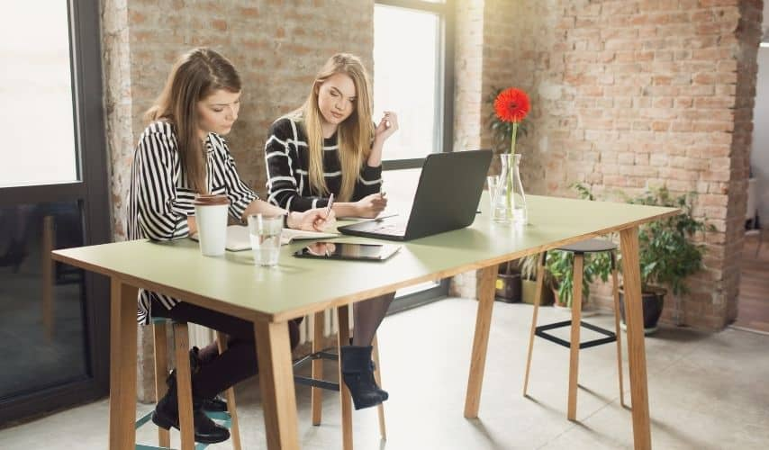 tips to invest in a friends business