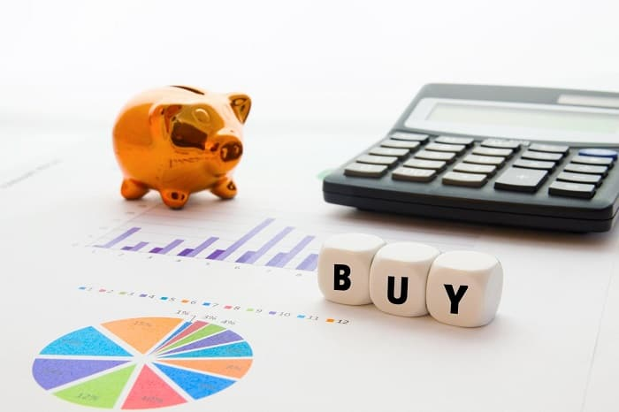 buying an existing business advantages